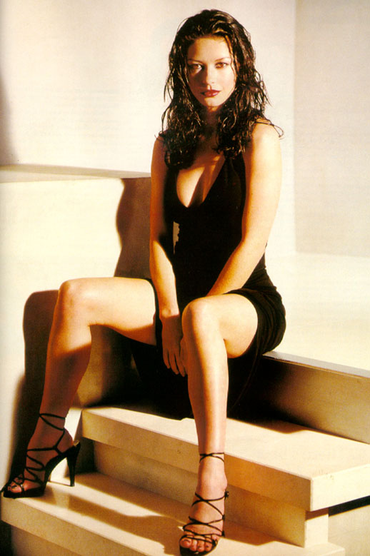 BabeStop - World's Largest Babe Site - catherine_zeta_jones014.jpg